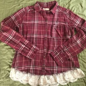 NWOT Hollister Pinkish Red Flannel with Lace Trim